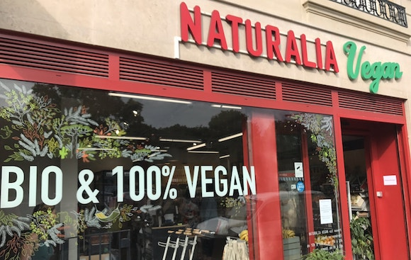 11 All-Vegan Grocery Stores Around the World You Should