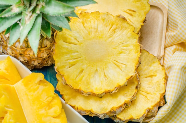 8 Healthy and Delicious Vegan Foods Loaded With Vitamin C