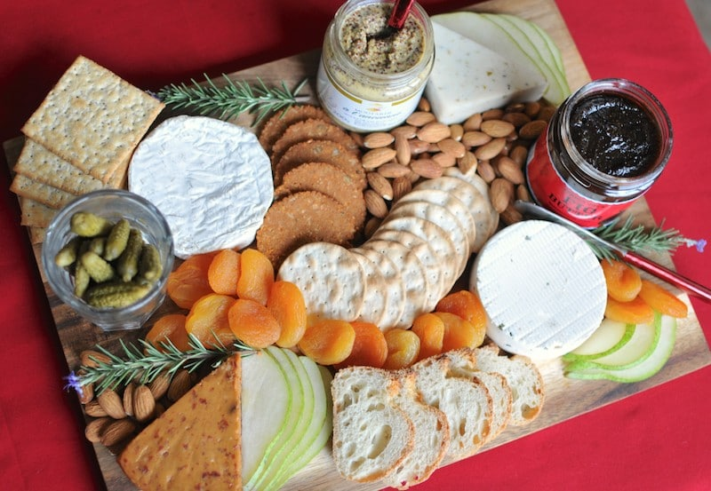 How to Make a Super Fancy Vegan Cheese Board
