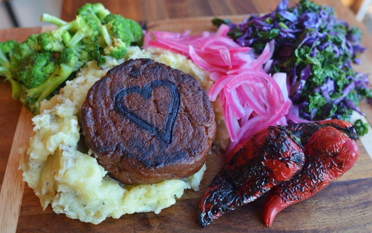 This Valentine S Dinner Includes A Vegan Filet Mignon