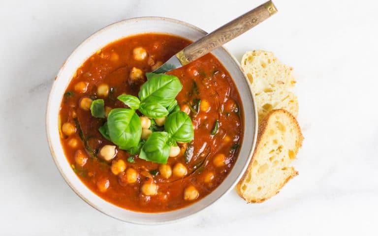 Quick Italian Tomato & Basil Soup