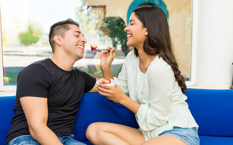 New Study: Vegans and Vegetarians Are More Popular on Dating Apps