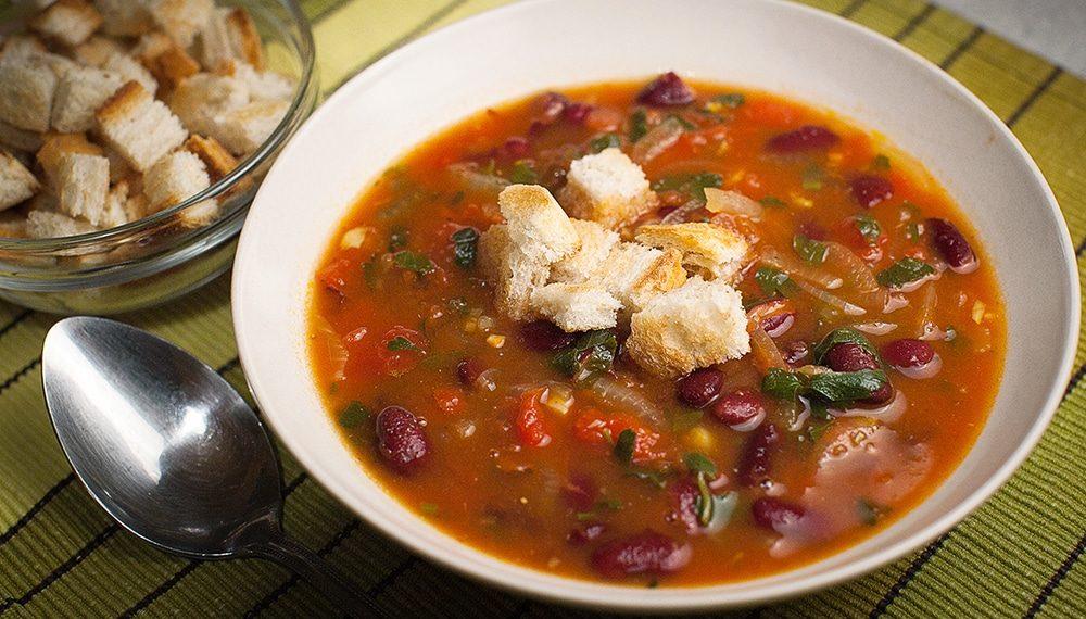 Deliciosas sopas de vegetales para el clima frío