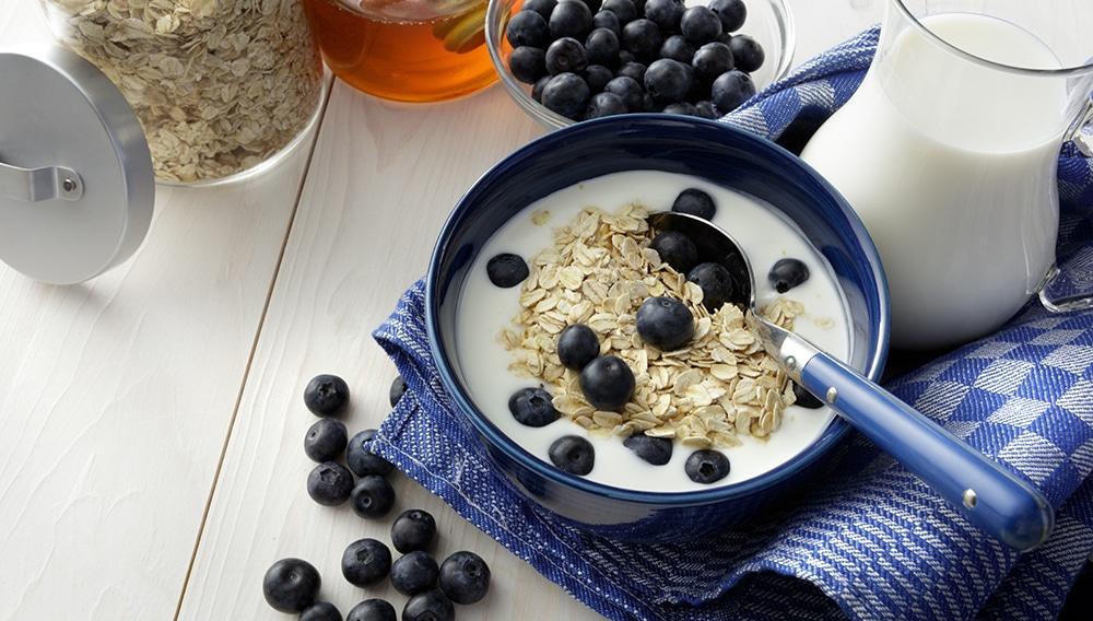 ¡Prepara dos tipos de yogur vegano con solo dos ingredientes!
