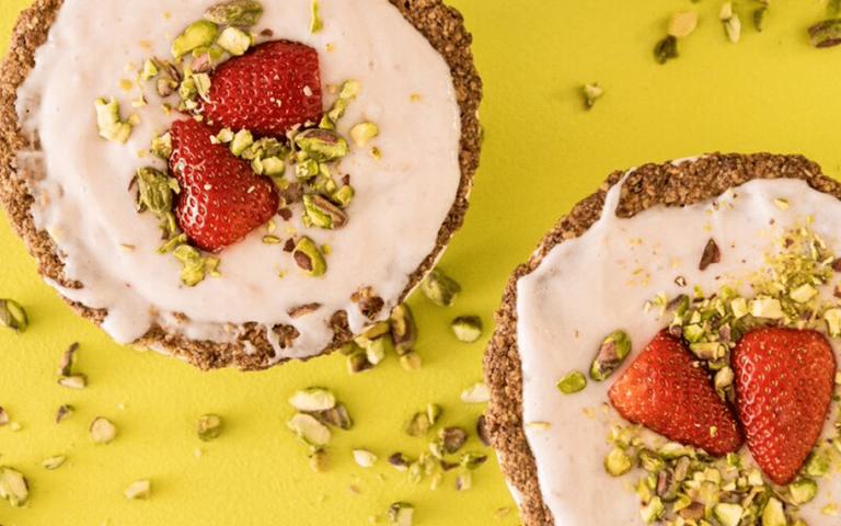 Disfruta la temporada de fresas con estas deliciosas recetas veganas